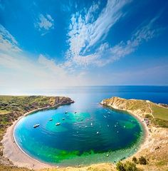 Lulworth cove, Jurassic Coast, Dorset, England ✯ ωнιмѕу ѕαη∂у Images Lindas, The Places Youll Go, Places To See, Beautiful World, Beautiful Places, Lulworth Cove, Jurassic Coast, Travel Images, Wonders Of The World