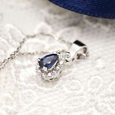 Coriolan diamond blue saphire necklace