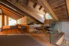 Casa Masso - Arte Rovere Antico Chalet Interior, Interior And Exterior, Interior Design, Building Extension, Small Log Cabin, Attic House, Dream Furniture, Awesome Bedrooms, Glass House