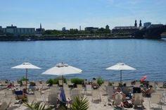 Rheinstrand Kastel mit Blick auf Mainz
