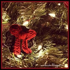 This fun and easy Crochet Christmas Decoration can be used in 3 Ways - which makes it one of my favorite embellishments during the Holiday Season! As a Christmas Tree Ornament, Christmas Wreath Brooch and Christmas Candle Decoration! You can even add a little bell to make it jingle and add it to your presents as a pretty bow!