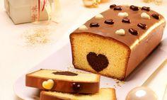 Kuchen mit Herz - Kastenkuchen mit einer Herz-Füllung aus Marzipan - nicht nur zu Weihnachten ein Hingucker