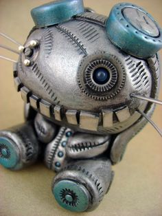 Tig the Steambunneh. Another amazing creation by Monsterkookies. Polymer clay figure.