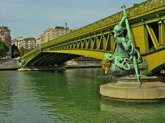 Paris \\ Pont Mirabeau
