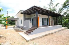 This house concept is simple in design yet the touch of elegance is still in it. With 3 bedrooms, this house is 143 square meters total floor area. Modern Bungalow House Plans, Cottage Floor Plans, Bungalow House Design, New House Plans, Modern Houses, 2 Storey House Design, Rest House, Tiny House, Kerala House Design