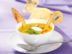 Gelbe Frühlingssuppe -  Warme Suppe mit Paprika und Linsen für den Frühling und zu Ostern