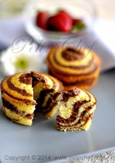 zebra kek Mini Desserts, Cookie Desserts, No Bake Desserts, Real Food Recipes, Cake Recipes, Dessert Recipes, Yummy Food, Mini Cakes, Cupcake Cakes