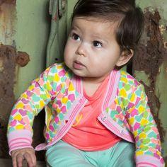 Funky vestje met hartjes all over van Kidz Art.   http://stoerkids.nl/shop/babykleding/kidz-art-baby-girls-vestje-hartjes/