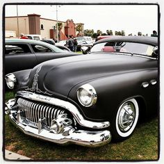 51' Buick Special Deluxe…the pinstriping was meant to go there!