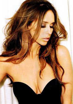 Jennifer Love Hewitt!!!   I want this hair color!!!