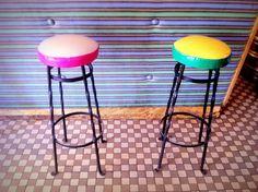 Royalowe stołki barowe w OSiR      fot. Zrób to w Warszawie