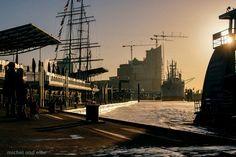 #hamburg #harbour #opera #crane #ships < repinned by www.BlickeDeeler.de   Follow us on www.facebook.com/blickedeeler