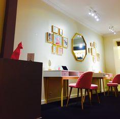 Hello les Millyonnais, Aujourd'hui on file découvrir le nouveau show-room Lyonnais de Gemmyo, la jolie marque de joaillerie colorée pétillante et accessible.Parce qu'elle ne trouvait pas la bague de fiançailles de ses rêves, Pauline, la fondatrice de Gemmyo a décidé … Lire la suite →