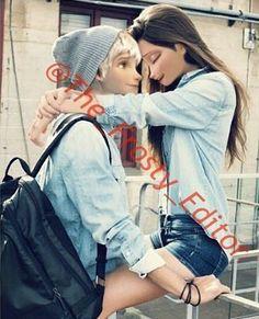 I like Elsa with dark hair. Disney Princess Movies, Disney Princess Pictures, Disney Actual, Cute Disney, Jelsa, Princesa Punk, Princesas Disney Dark, Belive In, Disney Adoption