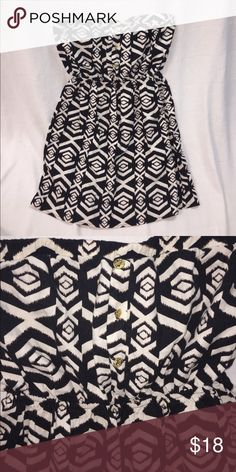 Black and white dress size L Strapless black and white pattern dress, has 3 gold buttons on the top. Brand new without tags. Never worn. No stains, no holes etc. tag reads Large. (Fits 12/14 perfectly) peach loves cream Dresses Strapless