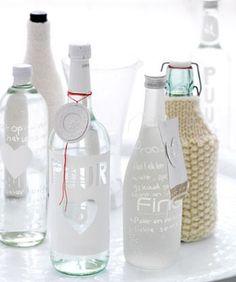 Mooie persoonlijke waterflessen of likeurflessen als eindresultaat!