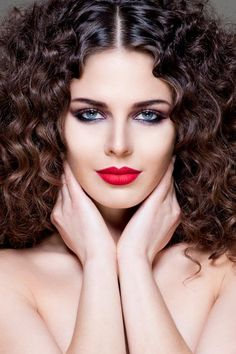 Make-up by Önder Tiryaki