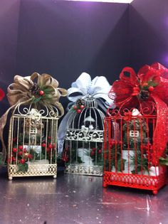 Thank you @777andi for the inspiration! Christmas birdcages. Laura A. 2014. Tulsa Michaels (3864)