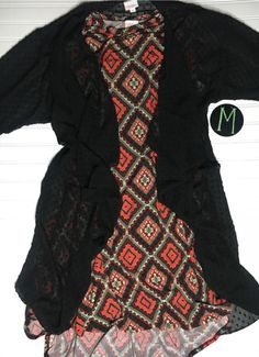 Love this beautiful LulaRoe Outfit! It would make a wonderful holiday gift, or a perfect addition to your Lularoe collection Join the VIP Group and Shop Now for your favorite styles and individual sizes! https://www.facebook.com/groups/LulaRoeKristenD/