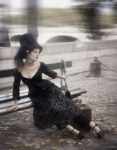 lovely black with leggings... #elanwoman