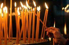 Τι να λέμε όταν ανάβουμε ένα κερί…   Παναγία Μεγαλόχαρη