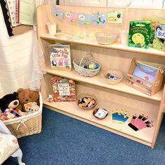 Storytelling shelves in my reading area Preschool Reading Area, Classroom Reading Area, Preschool Library, Eyfs Classroom, Preschool Centers, Reading Centers, Preschool Themes, Reading Areas, Classroom Setup