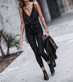 wrap bodysuit, black step hem skinny jeans, black patent leather booties - Corner of Woman Mode Outfits, Casual Outfits, Fashion Outfits, Womens Fashion, Fashion Trends, 30 Outfits, Casual Wear, Woman Outfits, Jeans Fashion