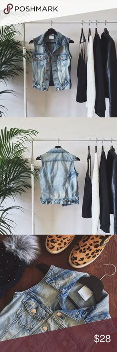 """Denim Vest Anything denim is my favorite for fall. This light-washed denim vest can pair with just about anything in anyone's wardrobe. Silver hardware, lightly distressed, and no flaws. This vest is a size 1. Fits and XS/S. - LENGTH: 22"""" -Pet friendly home Boutique Jackets & Coats Vests"""
