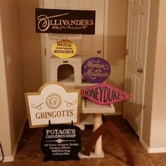Pin for Later: Everything You Need For a Magical Harry Potter Halloween Party Put Signs Up Everywhere Harry Potter Fiesta, Harry Potter Props, Harry Potter Classroom, Harry Potter Bedroom, Harry Potter Baby Shower, Theme Harry Potter, Harry Potter Birthday, Harry Potter Love, Harry Potter Halloween Party