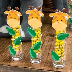 23 Clever DIY Christmas Decoration Ideas By Crafty Panda Safari Theme Birthday, Farm Birthday, Animal Birthday, Safari Decorations, Baby Shower Decorations For Boys, Baby Shower Centerpieces, Jungle Party, Safari Party, Festa Safari Baby