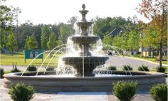 architectural fountains | 20' diameter pool with Classic Leaf Fountain