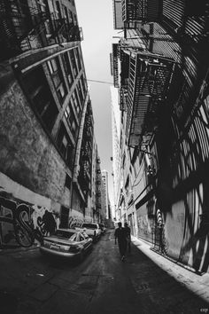 Wide Angle Photography, Fish Eye Photography, Photography Aesthetic, Phone Backgrounds Tumblr, City Wallpaper, Iphone Wallpaper, Vintage Drawing, Retro Aesthetic, Purple Aesthetic