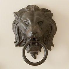 Lion Head w/Ring