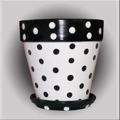 Black and White Polka Dot Flower Pot Hand Painted by DesignsByDesa Painted Clay Pots, Painted Flower Pots, Hand Painted, Flower Pot Art, Flower Pot Design, Clay Pot Crafts, Shell Crafts, Unicorn Room Decor, Decorated Flower Pots