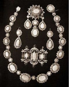 """""""Imperial Family Jewels""""  The stones in the parure seem to be opals.  Anyone have any information on these pieces?"""