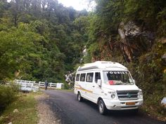 Book 9, 12, 15 Seater Tempo Traveller Hemkund Yatra with Valley of flower