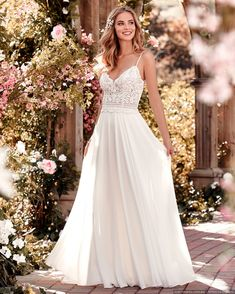 Wedding dress by Rebecca Ingram from Maggie Sottero. Chiffon Boho-inspired H … – Rebecca Ingram wedding dress by Maggie Sottero. Chiffon B … - myeasyidea sites Maggie Sottero Wedding Dresses, Wedding Dress Chiffon, Used Wedding Dresses, Chiffon Skirt, Bridal Dresses, Wedding Dress Sheath, Dresses Dresses, Bridesmaid Dresses, Dresses Online