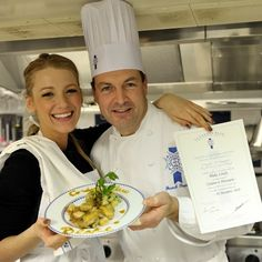 Blake Lively, dynamic actress, and one of the young emerging Hollywood stars, is also passionate about gastronomy: recently a tailor-made workshop was held for her and her guests at Le Cordon Bleu Paris.