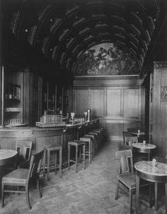 American bar in the Hotel Adlon, Berlin - around 1910