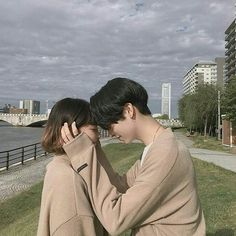 Shared by ☆. Find images and videos about cute, korean and ulzzang on We Heart It - the app to get lost in what you love. Style Ulzzang, Korean Ulzzang, Ulzzang Boy, Couple Aesthetic, Korean Aesthetic, Cute Couple Pictures, Couple Photos, Couple Goals Cuddling, Fotos Goals