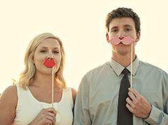 Bigotes y labios divertidos en Fiestas infantiles para niños y bebés como eventos y celebraciones, aniversarios y cumpleaños
