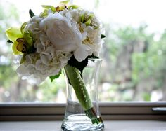 Lush White and Lime Green Bridal Bouquet, Garden on the Square #wedding #southernwedding