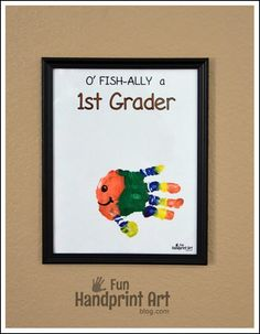 O' FISH-ally a Grader Handprint Fish Keepsake - Plus ones for preschoolers and kindergartners! Back To School Crafts, Back To School Activities, Activities For Kids, 1st Day Of School, Beginning Of The School Year, School Fun, School Ideas, Art For Kids, Crafts For Kids
