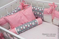 """Купить """"Мишки"""" Комплект в кроватку. Бортики. Детское лоскутное одеяло - розовый, бортики в кроватку"""