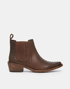 364a29ceedfd Gardenia Leather Flat Chelsea Boots at asos.com
