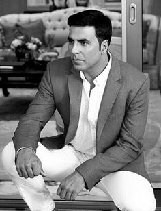 Here we discuss about Akshay Kumar Biography. Akshay Kumar is a film actor, producer,martial artist, philanthropist and stuntman. Handsome Celebrities, Indian Celebrities, Famous Celebrities, Bollywood Celebrities, Celebs, Bollywood Actress, Akshay Kumar Photoshoot, Akshay Kumar Style, Famous Indian Actors