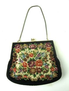 VINTAGE ROSE TAPESTRY PETIT POINT EVENING BAG CHAIN STRAP KISS CLASP GORGEOUS #UNKNOWN #EVENINGBAGHANDBAGPURSE