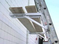 YouTube Roofing Tools, Ladder Stands, Roof Ladder, Car Tools, Tool Sheds, Exterior Remodel, Scaffolding, Cool Inventions, Stairs