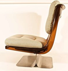 1970s Lounge Chair by Grosfillex | From a unique collection of antique and modern lounge chairs at https://www.1stdibs.com/furniture/seating/lounge-chairs/