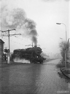 Vlaky prechádzali cez Krížnu ulicu Bratislava Slovakia, Old City, Time Travel, Old Photos, Nostalgia, Europe, Black And White, Photography, Trains